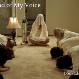 Sound of My Voice 2011 film review | Book Addicts